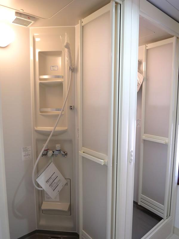 ウッドビレッジ シャワー室
